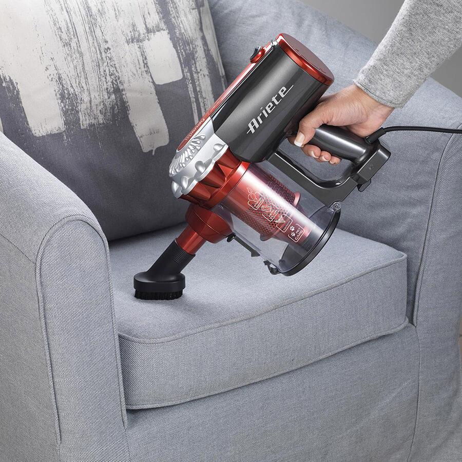scopa elettrica ariete 2761 handy force aspira divani e tessuti